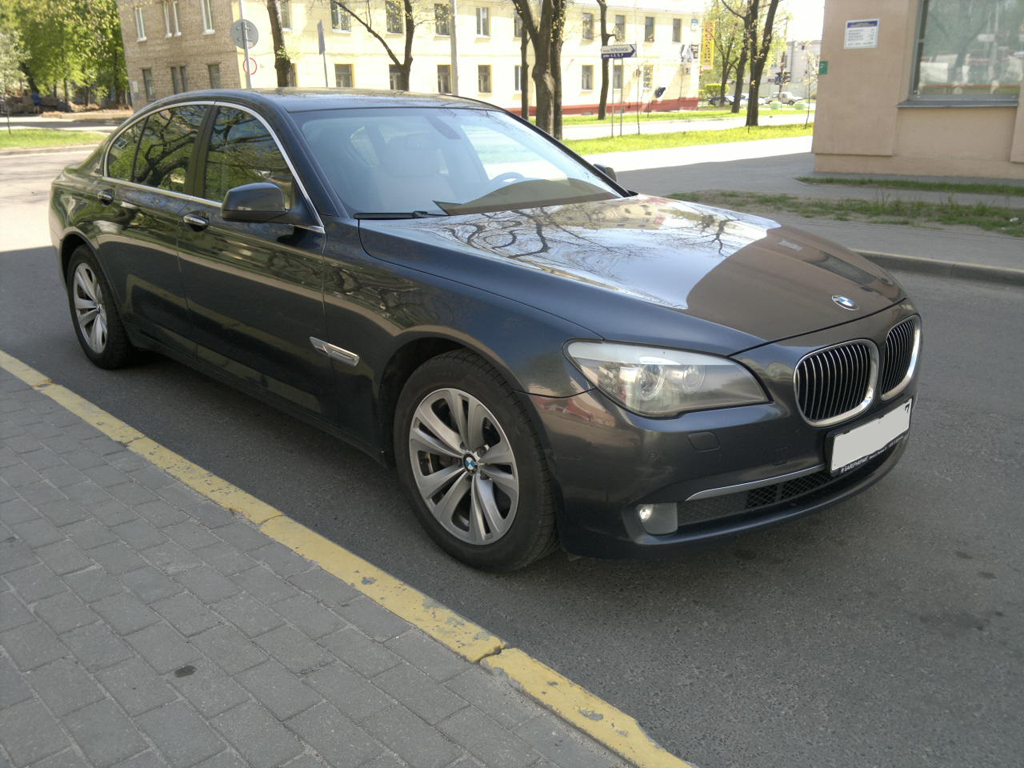 Bmw 730d F01 Grey 2010 Rent Vip Taxi In Minsk