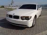 BMW 745Li, белый, 2003