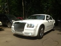 Chrysler 300C, white, 2006